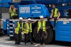 crane working men
